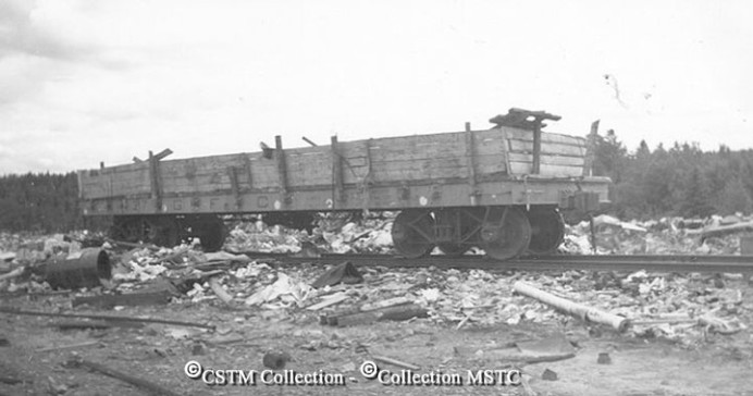 Quite a bit of material was dumped around the mill site over the years. This appears to be a dump car belonging to the AND Company Circa 1952. (Photo from the Canadian Museum of Science and Technology)