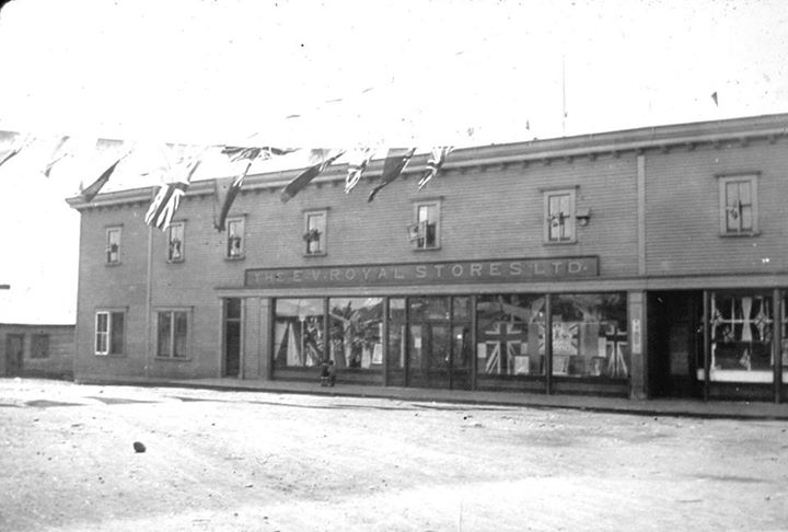 The origional Exploits Valley Royal Stores at the bottom of High Street, 1911-1936. (Photo  posted by Wilfred Howse)