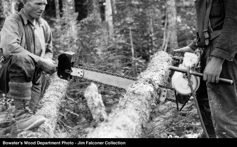 IPP and Bowaters experimented with Chnasaws in the 1930's and 40's. It isn't known if A.N.D did the same. The early saws were cumbersome two man units.....