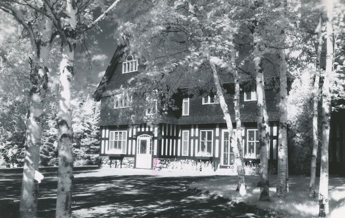 Grand Falls House Circa 1955. The house hosted many visiting dignitaries over the years and for a number of years was the residence of the mill manager. (GFWHS)