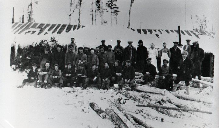 logging-camp-1908