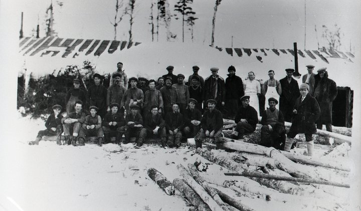 logging-camp-1908