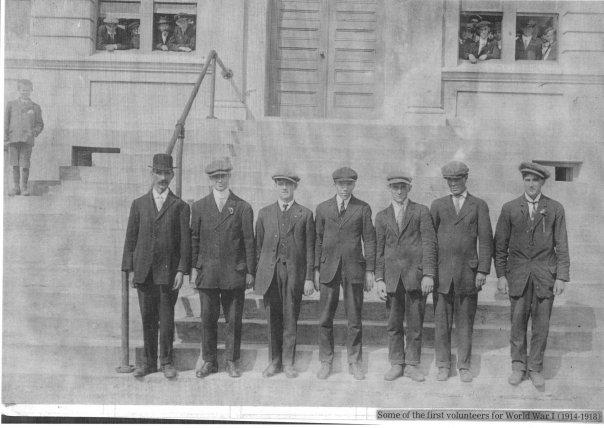 First volunteers grand falls 1914.jpg