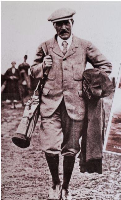 Ramsay MacDonald Golfing.JPG