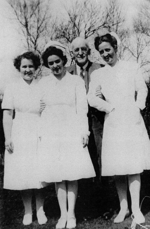 Dr Walter Scott and Nurses circa 1946.jpg